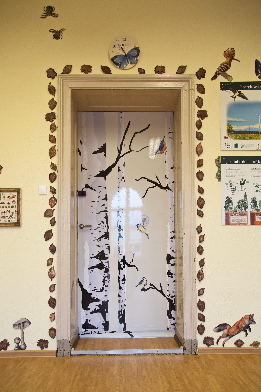 Izby edukacyjne lesne - sale przyrodnicze, wystroj wnetrz - PSP nr 1 w Polczynie Zdroju (4)